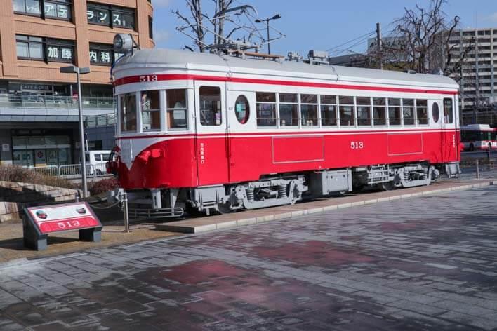 岐阜駅モ513 赤い電車