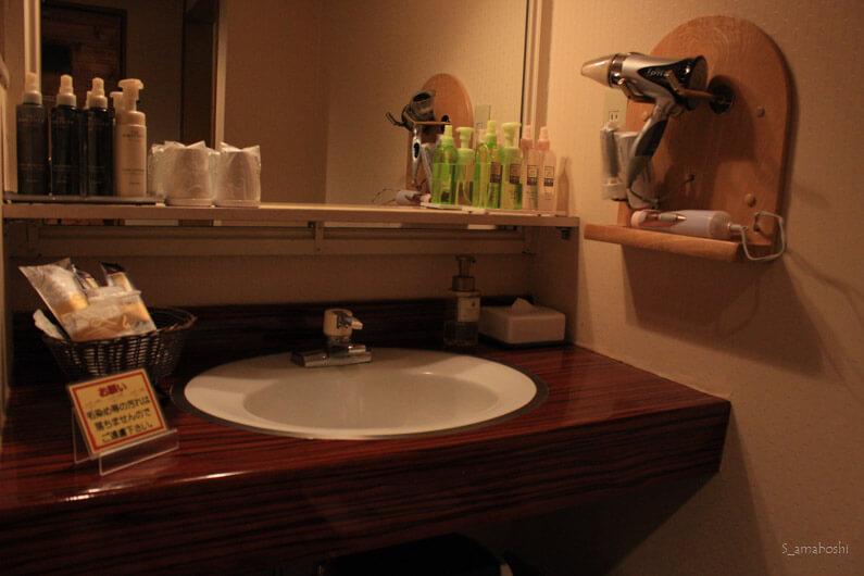 ラブホの洗面台