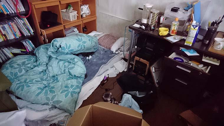 ゴミみたいな部屋